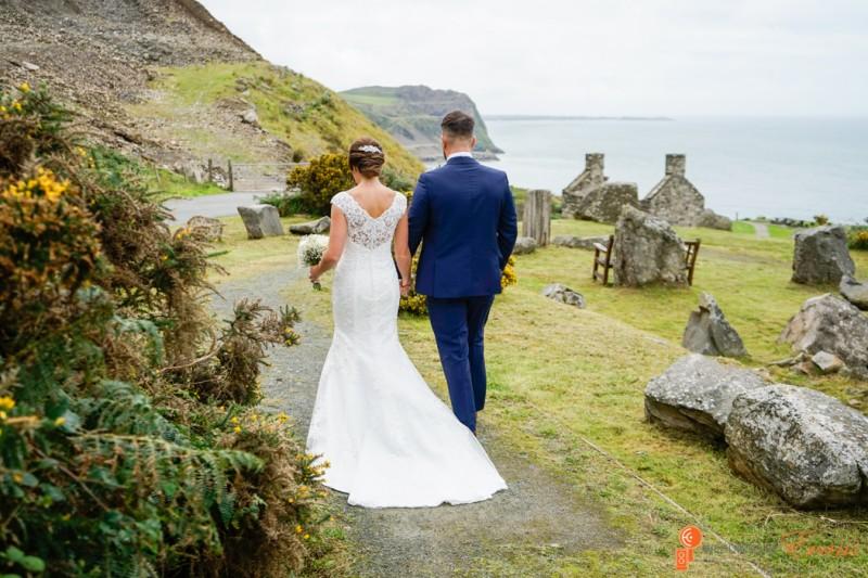 Wedding Photography Nant Gwrtheyrn North Wales Wedding Evans Cheuka www.WeddingsByEvans.co.uk-685